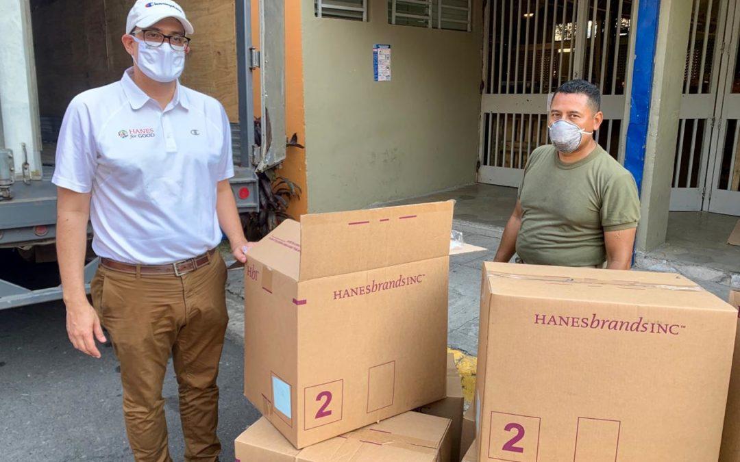 HANESBRANDS ENTREGA PRENDAS BÁSICAS PARA CONTRIBUIR CON INSUMOS ANTE EMERGENCIA POR COVID 19 EN EL SALVADOR
